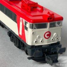 Trenes Escala: LOCOMOTORA KATO MITSUBISHI RENFE 269 CERCANIAS VER DESCRIPCION. Lote 256058485