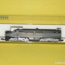 Trenes Escala: LOCOMOTORA DIESEL 4200 TIPO PA-1 DE LA CIA. AMERICANA NEW YORK CENTRAL EN ESCALA *N* DE KATO. Lote 257268085