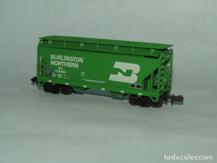 Trenes Escala: Vagón Tolva de la Cia. Americana BURLINGTON NORTHERN en Escala *N* de ATLAS - Foto 3 - 257481985