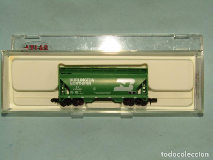 Trenes Escala: Vagón Tolva de la Cia. Americana BURLINGTON NORTHERN en Escala *N* de ATLAS - Foto 4 - 257481985