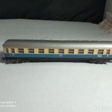 Trenes Escala: VAGÓN PASAJEROS DE LA DB ESCALA N DE MINITRIX. Lote 261874370