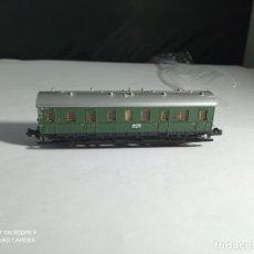 Trains Échelle: VAGÓN PASAJEROS 2 EJES ESCALA N DE MINITRIX. Lote 261997135