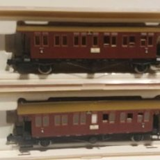 Trenes Escala: 2 VAGONES BRAWA REF: 1853 VISUALMENTE BUEN ESTADO, SE DESCONOCE SI FALTA ALGUNA PIEZA, NO PROBADA. Lote 296897768