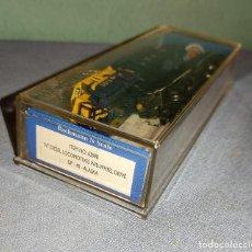 Trenes Escala: LOCOMOTORA DIESEL BACHMANN 63598 ALASKA 3015 CON SU CAJA ORIGINAL. Lote 297057043