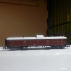 Trenes Escala: VAGÓN FURGON POSTAL ESCALA N DE MINITRIX. Lote 297074708