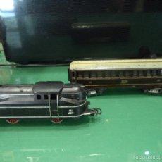 Trenes Escala: MAQUINA PAYA 840 Y VAGON . Lote 57866768