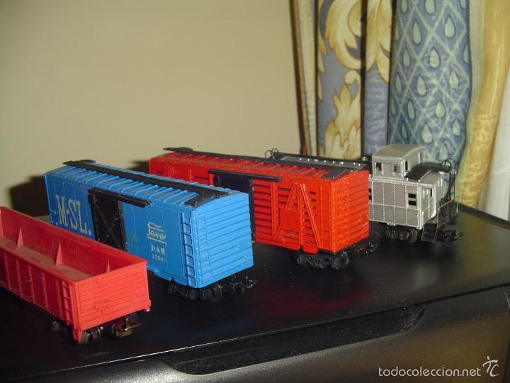 Paya H0. Conjunto de 4 vagones americanos., usado segunda mano