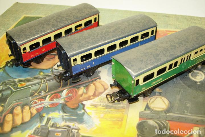 Trenes Escala: Circuito tren PAYA H0 Locomotora, 3 vagones, pasajeros, Correos + cisterna CAMPSA RENFE y vías extra - Foto 9 - 70102858