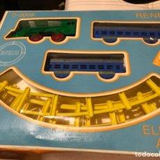 Trenes Escala: PAYA TREN ELECTRICO A PILAS AÑOS 70, RENFE. NUEVO EN CAJA.. Lote 112280735
