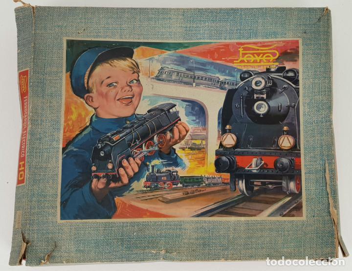 FERROCARRIL ELECTRICO A PILAS. PAYÁ. ESCALA H0. CAJA ORIGINAL. CIRCA 1960. (Juguetes - Trenes a Escala H0 - Payá H0)