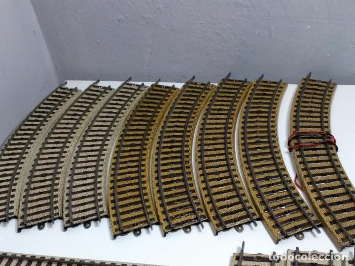 Trenes Escala: Lote 18 vias Paya hojalata años 50 excelente estado, juntas forman un cero, ibertren marklin... - Foto 2 - 144184894