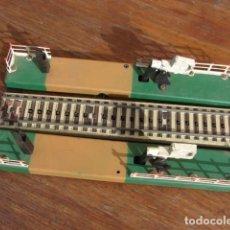 Trenes Escala: PASO A NIVEL MÁS UN TRAMO DE VÍA - PAYÀ. Lote 148665298