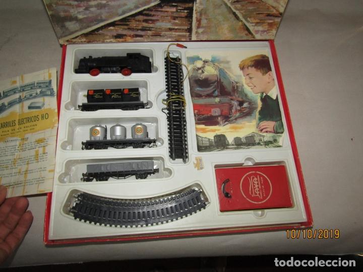 Trenes Escala: Antigua Caja con Tren Eléctrico en Escala *H0* de PAYA - Foto 3 - 178889987