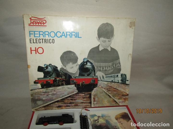 Trenes Escala: Antigua Caja con Tren Eléctrico en Escala *H0* de PAYA - Foto 4 - 178889987