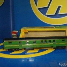 Trenes Escala: VAGÓN PAYA VAGON DE PASAJEROS VERDE 1665 ESCALA H0-BUEN ESTADO. Lote 210531455