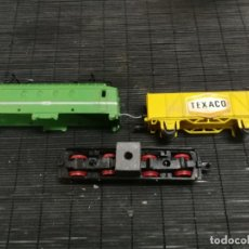 Trenes Escala: PAYA H0 ANTIGUA LOCOMOTORA ELECTRICA TIPO ALSTHOM, REFERENCIA 1823 CON VAGON PILAS TEXACO. Lote 214232790