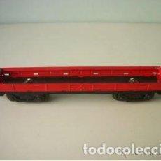 Trenes Escala: VAGON DE TREN PLATAFORMA ROJO PAYA ESCALA HO, AÑOS 50. BUEN ESTADO. Lote 218416358