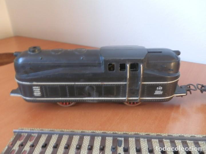 Trenes Escala: TREN PAYA: LOCOMOTORA 840, 2 VAGONES DE PASAJEROS, 1 DE CORREOS, POTENCIÓMETRO, 2 RECTAS, 8 CURVAS. - Foto 2 - 236599210
