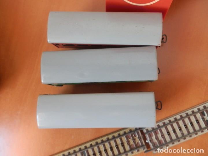 Trenes Escala: TREN PAYA: LOCOMOTORA 840, 2 VAGONES DE PASAJEROS, 1 DE CORREOS, POTENCIÓMETRO, 2 RECTAS, 8 CURVAS. - Foto 7 - 236599210