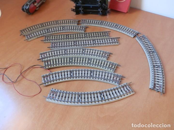 Trenes Escala: TREN PAYA: LOCOMOTORA 840, 2 VAGONES DE PASAJEROS, 1 DE CORREOS, POTENCIÓMETRO, 2 RECTAS, 8 CURVAS. - Foto 8 - 236599210