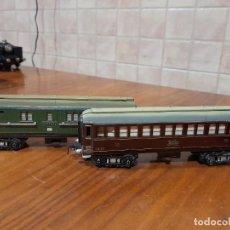 Comboios Escala: ANTIGUOS VAGONES CON LUZ 1431 Y 1432 DE PAYA. Lote 240748505