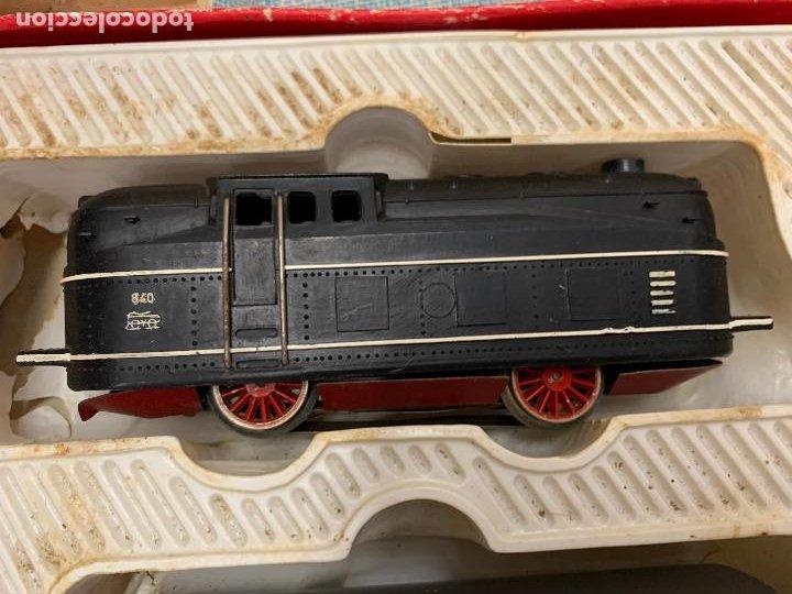 Trenes Escala: Antiguo tren, FERROCARRIL ELECTRICO A PILA, PAYA, escala H0, años 60. Raro y dificil. Leer mas... - Foto 9 - 248473955