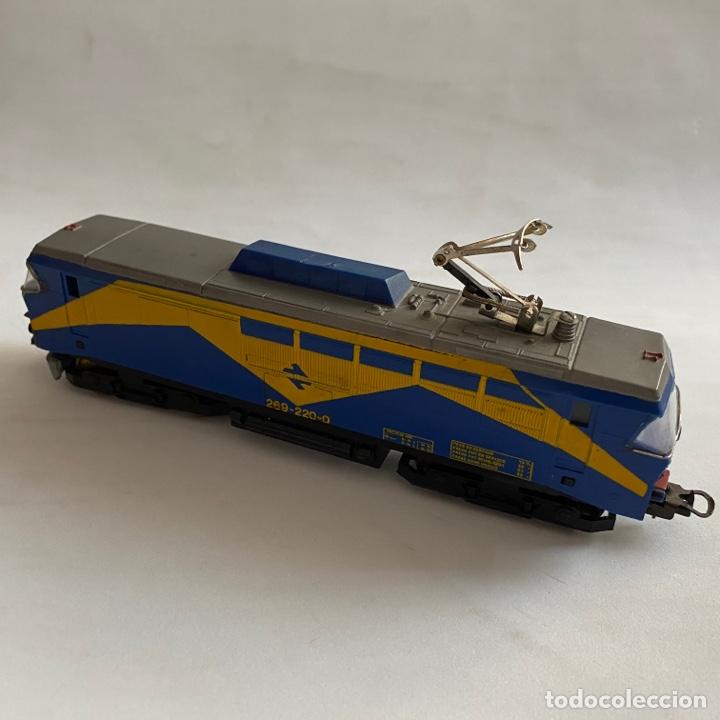 TREN LOCOMOTORA PAYA RENFE MAZINGER 269-220-0 ESCALA H0 (Juguetes - Trenes a Escala H0 - Payá H0)