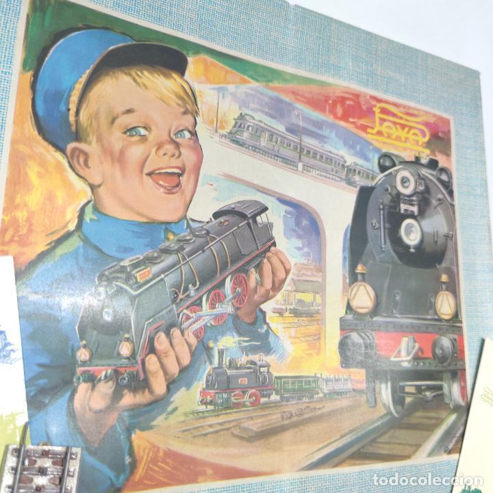 Trenes Escala: Ferrocarril eléctrico a pilas con humo. Payá. Años 50-60. Instrucciones y desplegable de accesorios - Foto 2 - 276705568