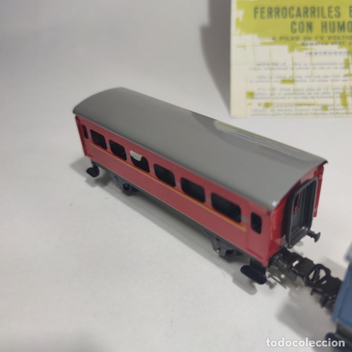 Trenes Escala: Ferrocarril eléctrico a pilas con humo. Payá. Años 50-60. Instrucciones y desplegable de accesorios - Foto 15 - 276705568