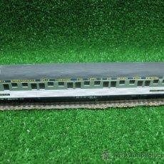 Trenes Escala: RIVAROSSI REF: 2513- HO- VAGON DE PASAJEROS 4569 CARROZA CON LETTI. Lote 24892209