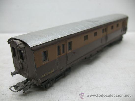 Trenes Escala: Rivarossi -Antiguo vagón de mercancías cerrado de la primera serie de Rivarossi FS 94362 -Escala H0 - Foto 4 - 34212595