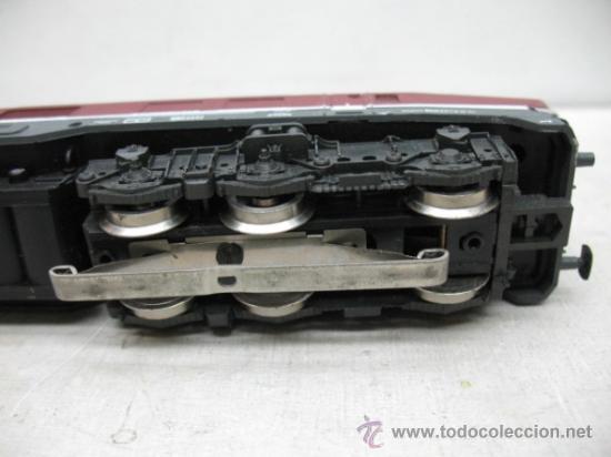 Trenes Escala: Rivarossi REF: 1099 - Locomotora diesel de la DB con corriente alterna - Escala H0 - Foto 6 - 34661338
