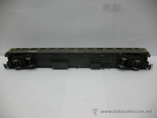 Trenes Escala: Rivarossi - Coche de pasajeros de la FS 508322-78000-0 - Escala H0 - Foto 7 - 39202565