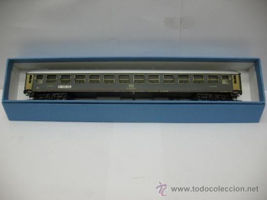 Trenes Escala: Rivarossi - Coche de pasajeros de la FS 508322-78000-0 - Escala H0 - Foto 8 - 39202565
