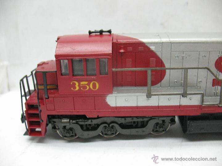 Trenes Escala: Rivarossi - Locomotora Diesel americana Santa Fe 350 corriente continua - Escala H0 - Foto 2 - 54072387