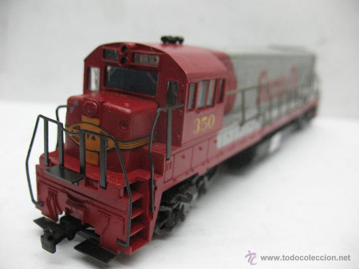 Trenes Escala: Rivarossi - Locomotora Diesel americana Santa Fe 350 corriente continua - Escala H0 - Foto 6 - 54072387