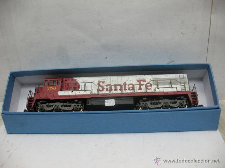 Trenes Escala: Rivarossi - Locomotora Diesel americana Santa Fe 350 corriente continua - Escala H0 - Foto 8 - 54072387