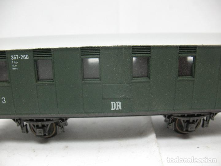 Trenes Escala: Rivarossi - Coche de pasajeros 357-260 de la DR 3 - Escala H0 - Foto 3 - 79875033