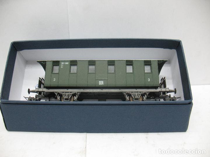 Trenes Escala: Rivarossi - Coche de pasajeros 357-260 de la DR 3 - Escala H0 - Foto 7 - 79875033