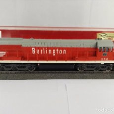 Trenes Escala: LOCOMOTORA DIESEL BURLINGTON ROUTE 550 RIVAROSSI 1812 CORRIENTE CONTINUA ESCALA H0. Lote 97858807