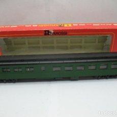 Trenes Escala: RIVAROSSI REF: 2673 - COCHE DE PASAJEROS AMERICANO NYC REPINTADO - ESCALA H0. Lote 99925171