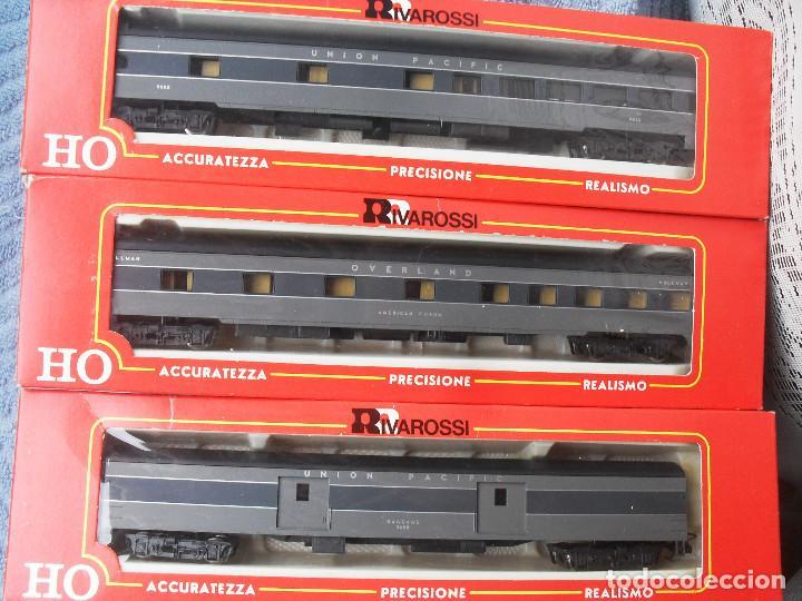 COMPOSICIÓN 3 COCHES VIAJEROS USA RIVAROSSI (Juguetes - Trenes a Escala H0 - Rivarossi H0)