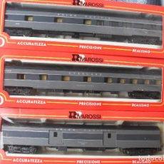 Trenes Escala: COMPOSICIÓN 3 COCHES VIAJEROS USA RIVAROSSI. Lote 123320591