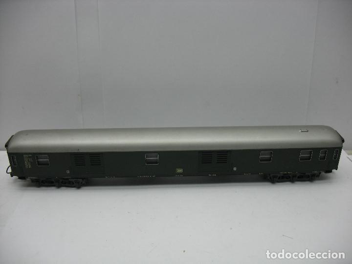 RIVAROSSI - FURGÓN DE LA DB - ESCALA H0 (Juguetes - Trenes a Escala H0 - Rivarossi H0)