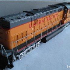 Trenes Escala: RIVAROSSI H0 LOCOMOTORA ALCO C 420 Nº4115 UNION PACIFIC, REF 1872. PARECE NO USADA. EN CAJA ORIGINAL. Lote 132343542