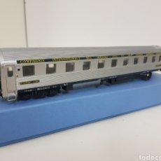 Trenes Escala: COCHE CAMA INTERNACIONAL EUROPEOS ITALIANO ESCALA H0 PLATEADO RIVAROSSI DE 29 CM. Lote 133218698