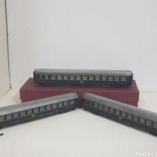 Trenes Escala: PRUÉBALO SÍ VAGONES DORMITORIO COMPAÑÍA EXPRESS EUROPEA AZUL ESCALA H0 ITALIANO. Lote 133908281