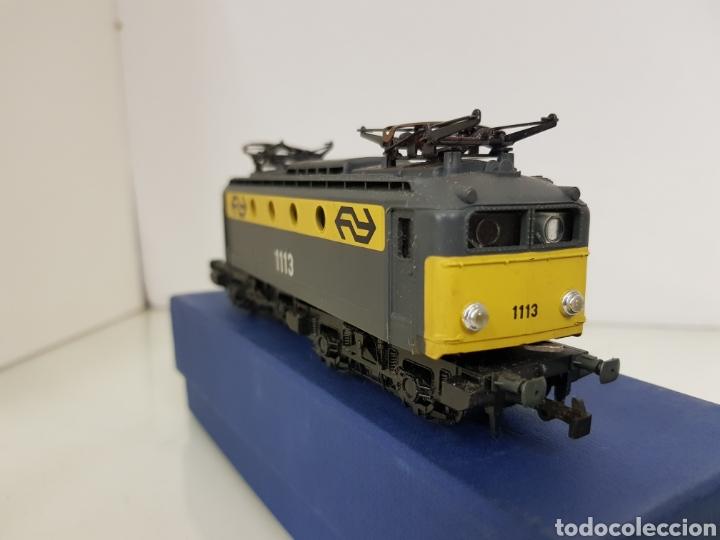 Trenes Escala: Rivarossi locomotora con pantografo 1113 amarillo y gris escala H0 corriente continua de 15 centímet - Foto 2 - 150077034