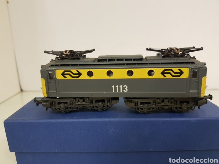 Trenes Escala: Rivarossi locomotora con pantografo 1113 amarillo y gris escala H0 corriente continua de 15 centímet - Foto 3 - 150077034