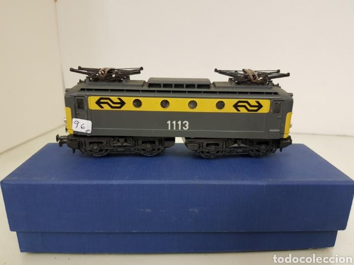 Trenes Escala: Rivarossi locomotora con pantografo 1113 amarillo y gris escala H0 corriente continua de 15 centímet - Foto 4 - 150077034